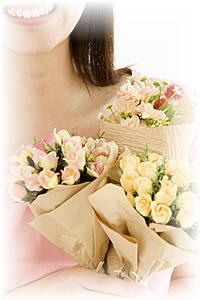 新花は花と人をつないでいます。